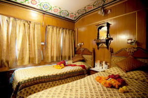 PALACE ON WHEELS  A WEEK IN WONDERLAND