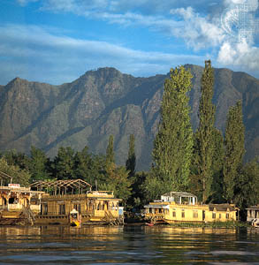 Kashmir - A Honeymoon In Paradise
