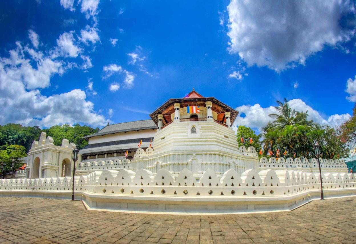 Biking and Treks its Sri Lanka