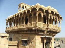 ENCHANTING DESERT CITIES OF RAJASTHAN