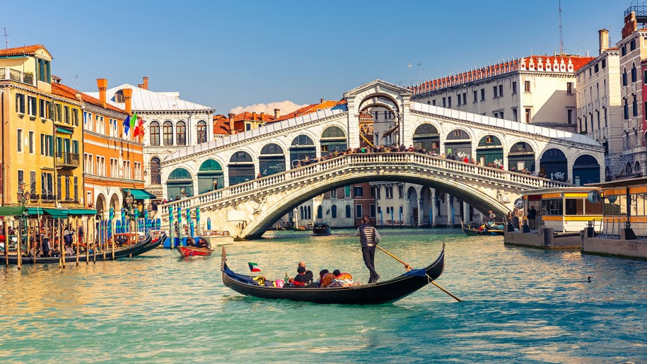 Italy And France Tour Package