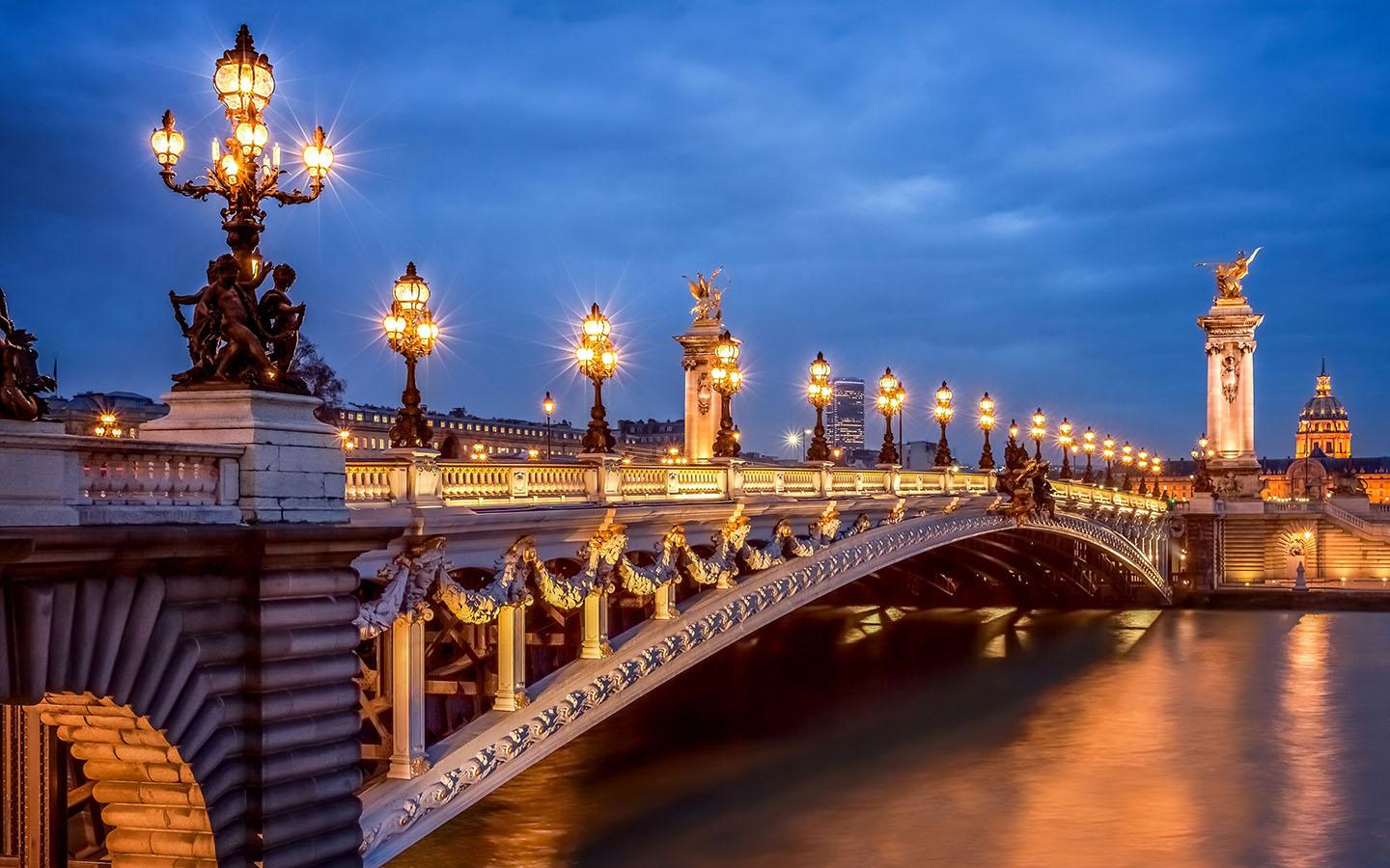 Enjoyable Paris Family Tour Package