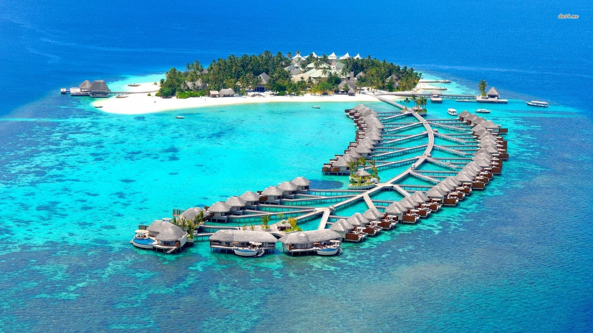 Attractive Reethi Beach Resort