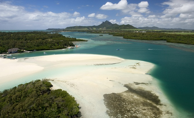 MAURITIUS FOR ALL WITH RESORT OPTIONS