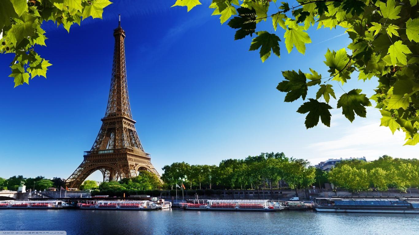 Alluring Paris Honeymoon Package