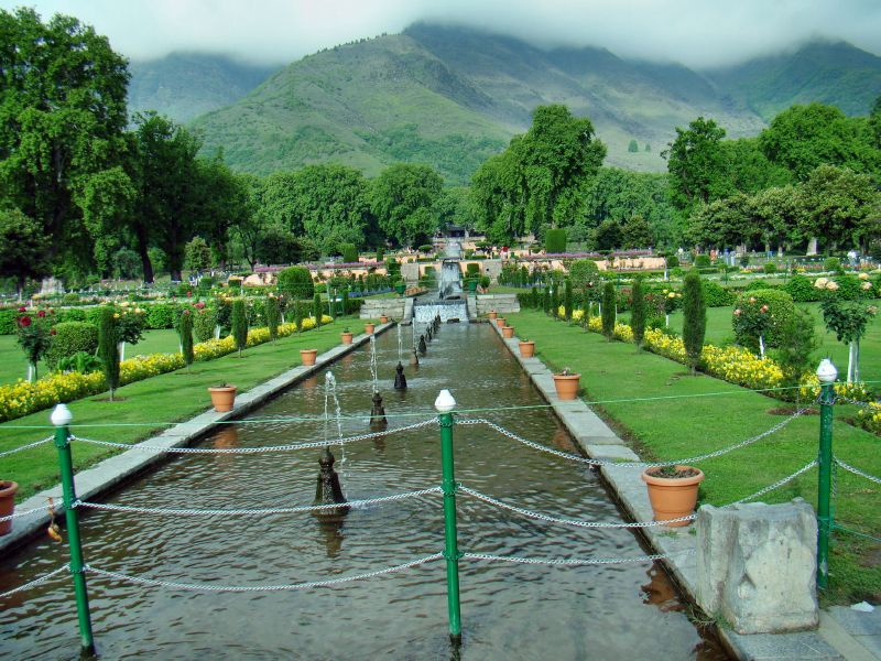LUXURIOUS KASHMIR