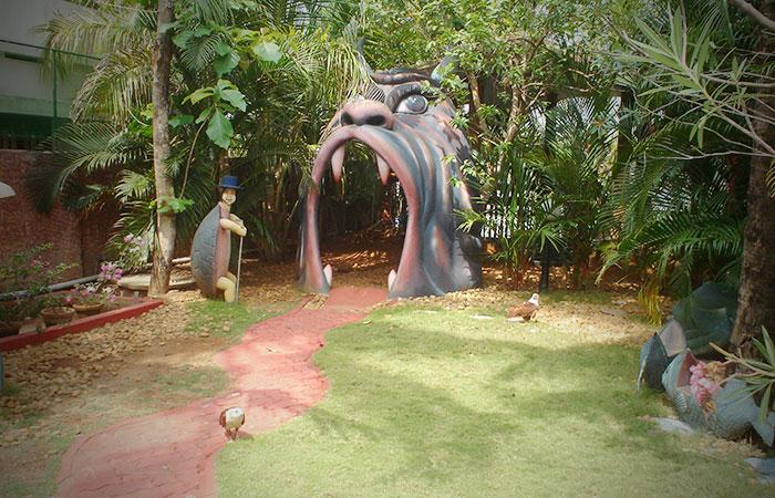 Cochin Munnar Thekady And Alleppey